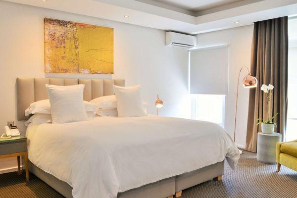 cape-milner-hotel-accommodation-bathroom-1-1024x768