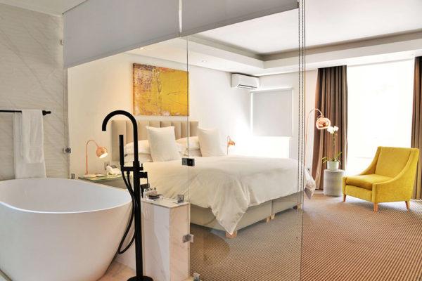cape-milner-hotel-accommodation-bathroom-2-1024x768